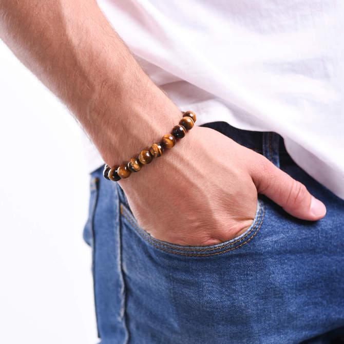 Pansky-koralkovy-naramek-10mm-hnede-tygri-oko-bile-zlato-ruka.JPG